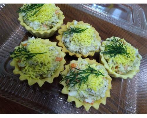 Тарталетка с салатом «Мимоза»
